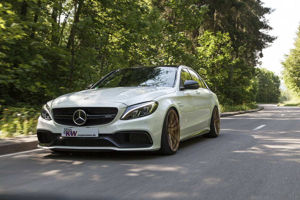 Mercedes-Benz C63 AMG (W205): More grip with KW Coilovers